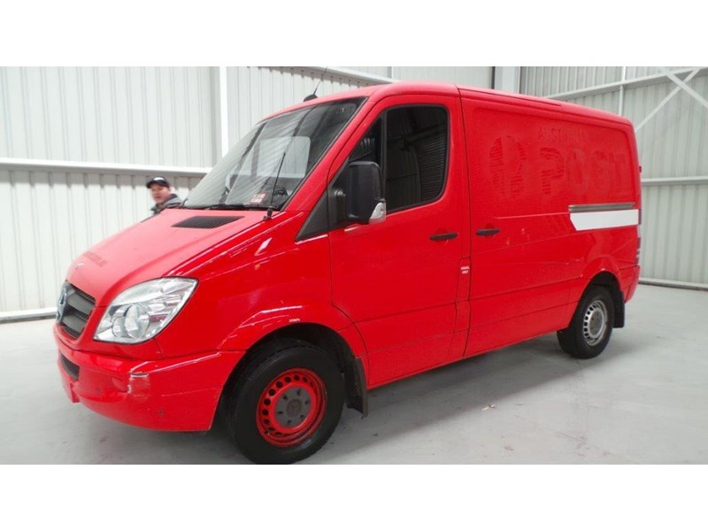 mercedes-benz sprinter 311 cdi 431953 001