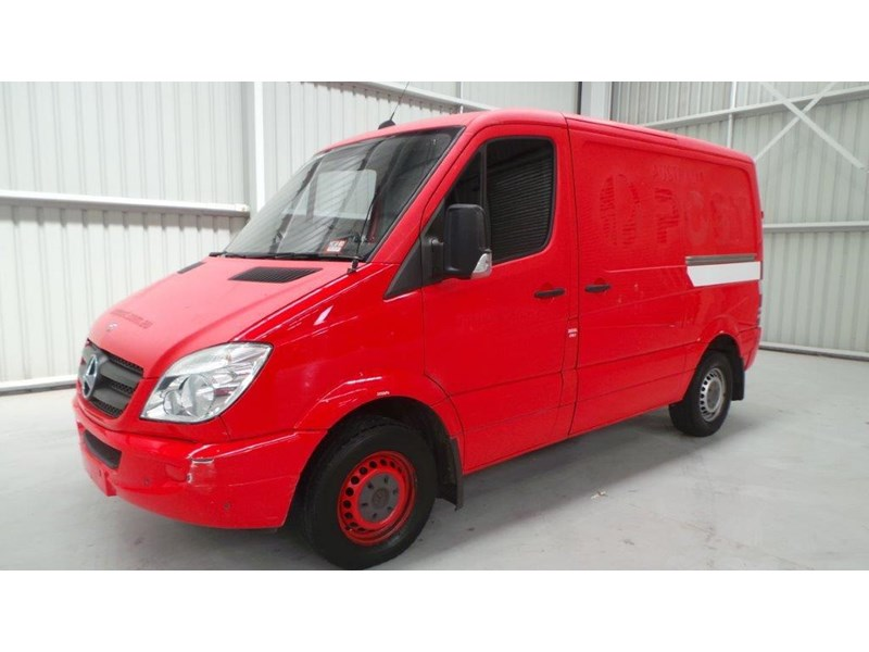 mercedes-benz sprinter 311 cdi 431953 002