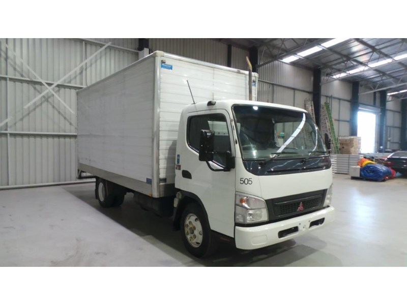 fuso canter 4.0t 431577 005