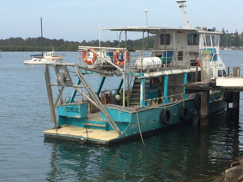 commercial workboat 440257 007