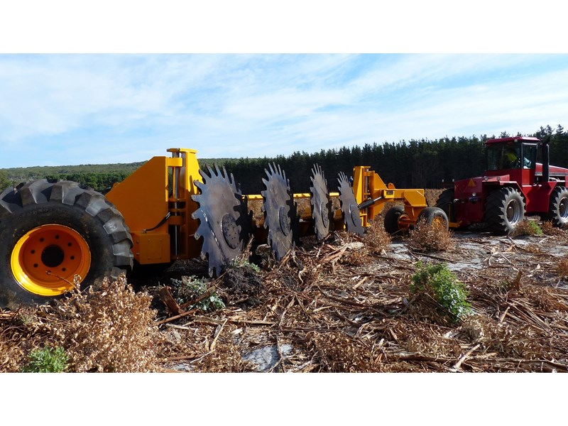 SAVANNAH 1214 4-WHEEL FORESTRY ROTARY STICKRAKE for sale