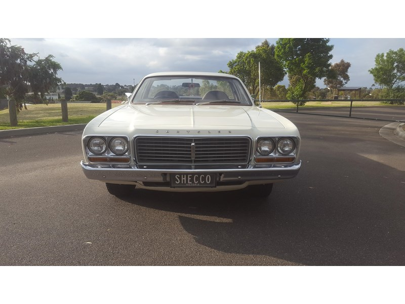 chrysler valiant 444473 003
