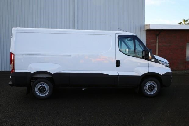 iveco daily 35s13 428660 007