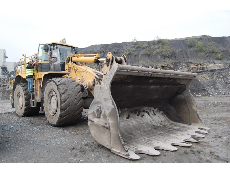 boss attachments boss italia 100-150 ton mine spec rock buckets 447410 008