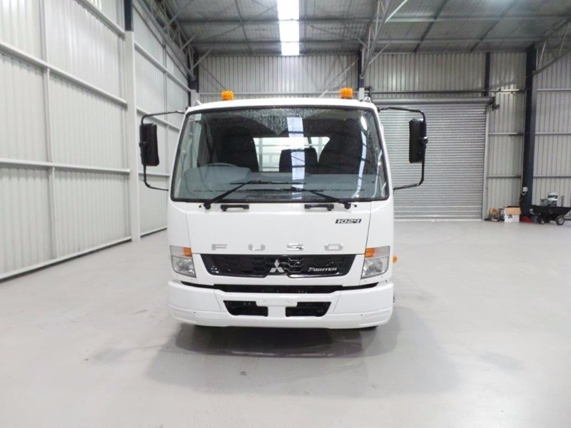 fuso fighter 1024 399108 033