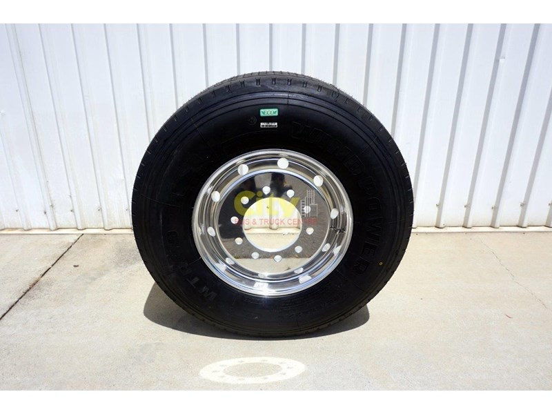 other 10/285 11.75x22.5 super single rim & tyre package 448576 002