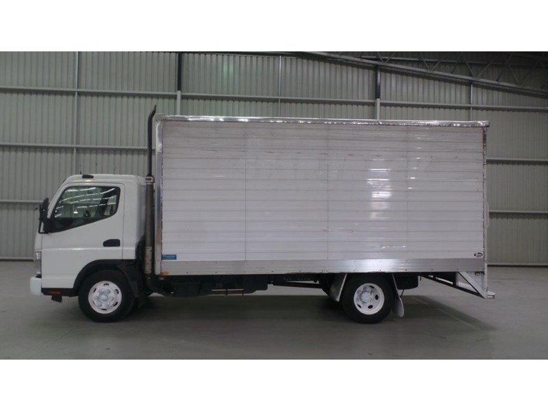 fuso canter 431682 002