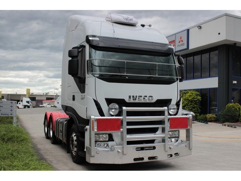 iveco stralis as-l 435624 001