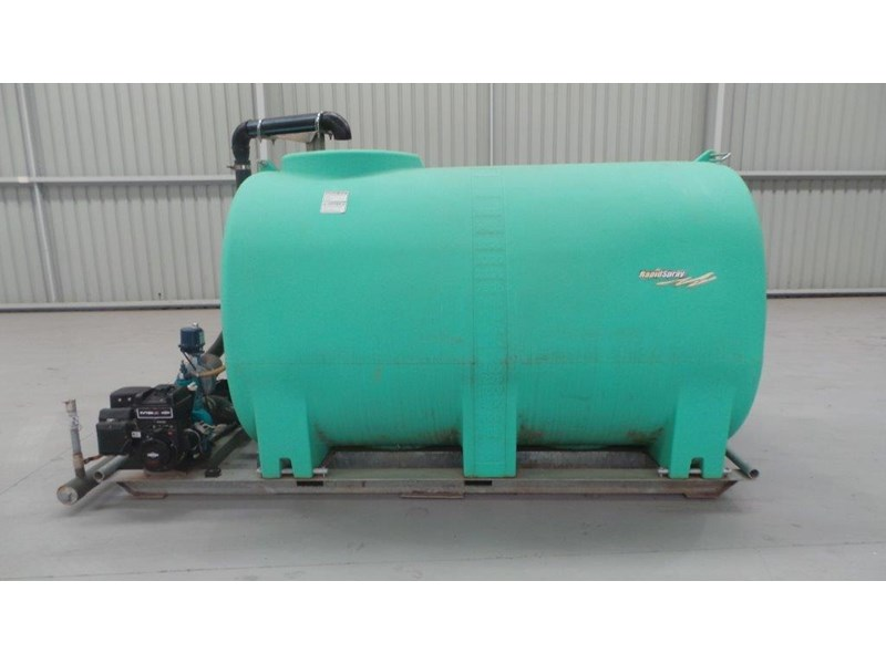 workmate 4000 litre poly tank 367305 001