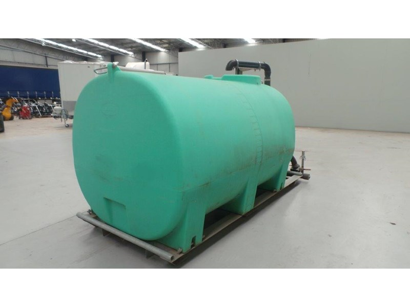 workmate 4000 litre poly tank 367305 004