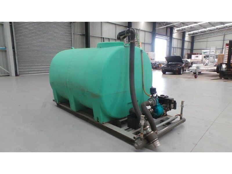 workmate 4000 litre poly tank 367305 005