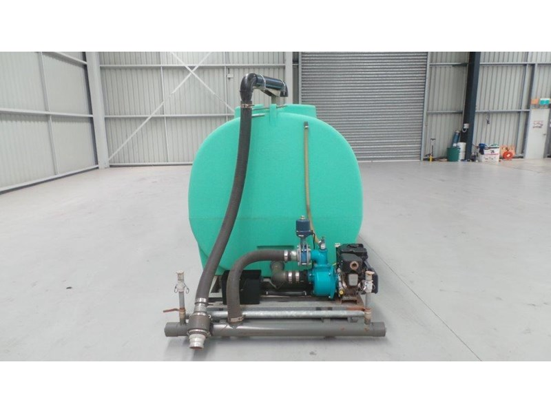 workmate 4000 litre poly tank 367305 006