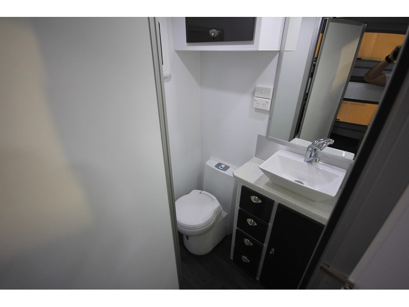 westernport caravans family friendly caravans - mk3 451072 020