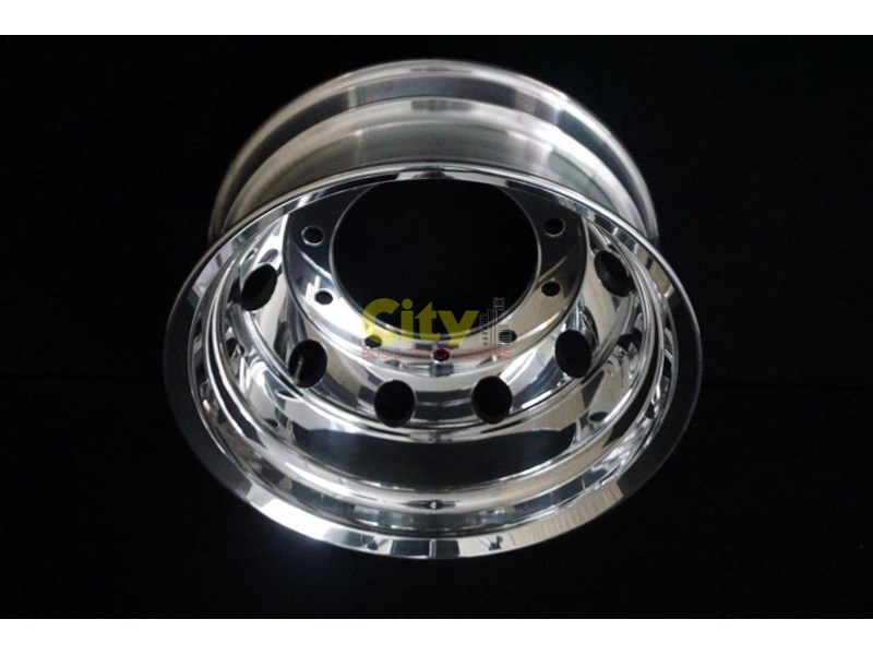 roh 10/335 8.25x22.5 rohdmaster polished alloy drive rim 451300 002