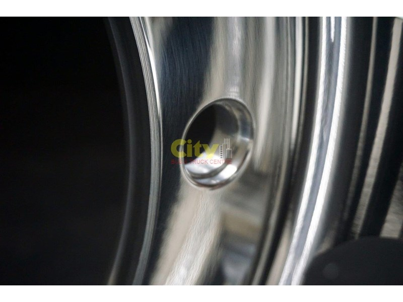 alcoa 10/335 8.25x22.5 polished alloy volvo only 451291 008