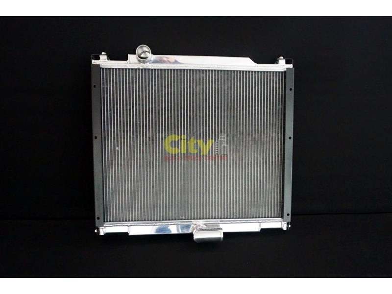 mitsubishi rosa bus 4m50-3at7 radiator 457822 001