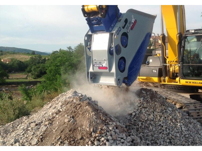 xcentric xc20 crusher bcukets rent-try-buy 461495 008