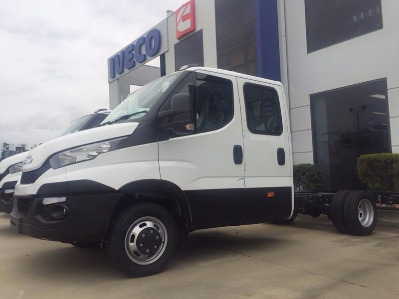 iveco daily 70c21 414486 001