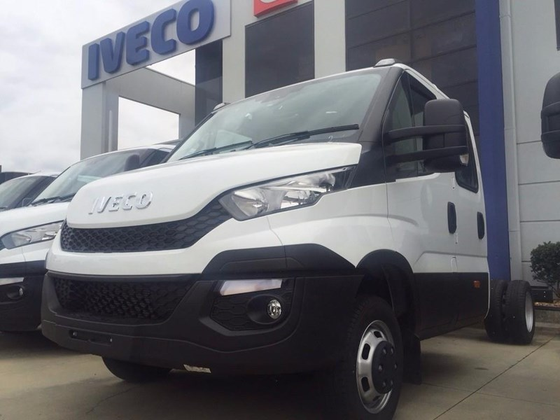iveco daily 70c21 414486 006
