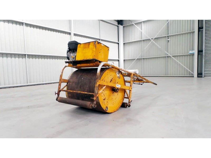 mentay cricket pitch roller 432027 001