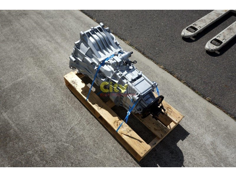 mitsubishi rosa reconditioned 6 speed manual gearbox 467932 004