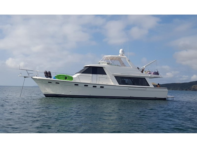 bayliner 4788 pilothouse 468360 002