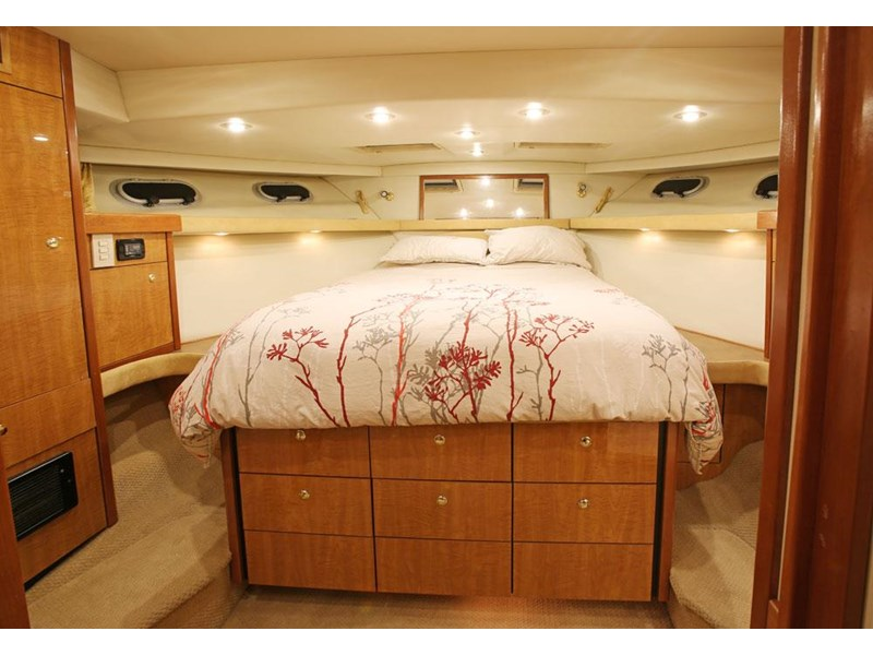 bayliner 4788 pilothouse 468360 006