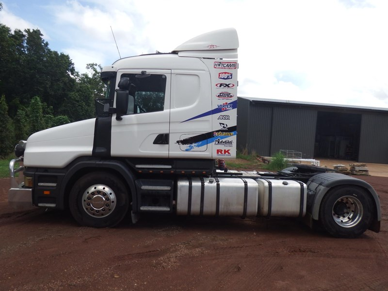 scania t124 470141 006