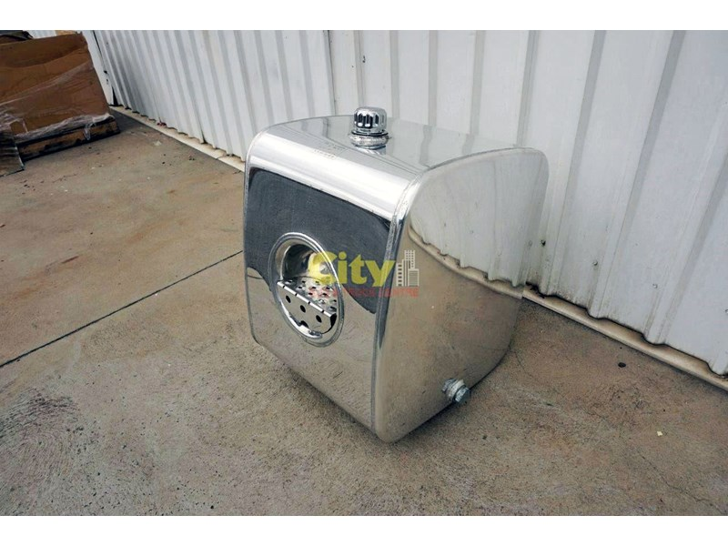 hydraulic oil tanks new kenworth polished alloy hyd oil tank 440048 006