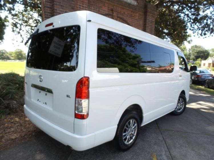 f7bee65057 2015 TOYOTA HIACE WAGON GL Low Roof Wide Body 10 Seater LWB for sale