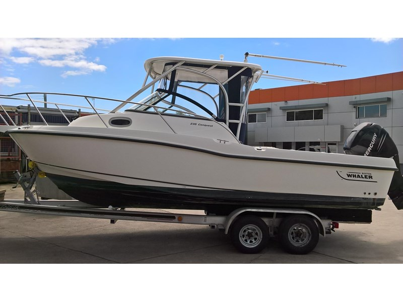 boston whaler 235 conquest 473198 001