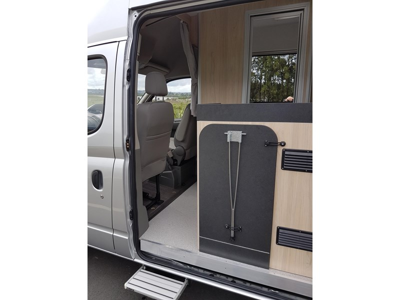 "ldv u-shape ""customise your campervan"" 474409 005"