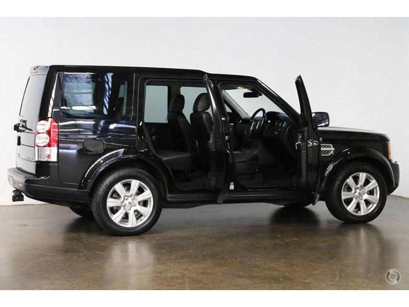 land rover discovery 476648 028