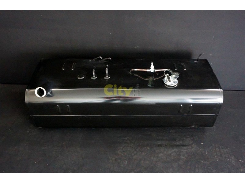new mitsubishi rosa bus fuel tanks 477843 004