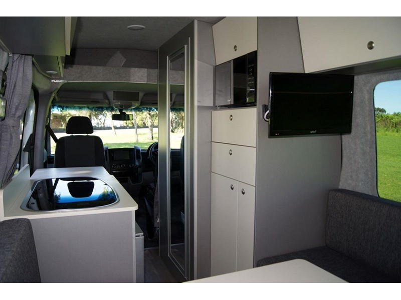 safari mercedes-benz sprinter motorhome 289154 015