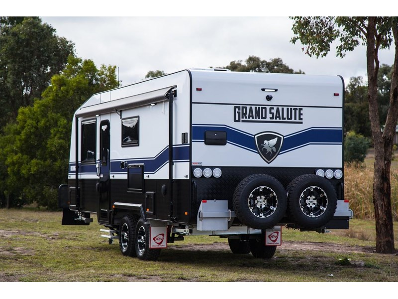 grand salute buckingham 22ft semi off road (family bunk caravan) 478087 010