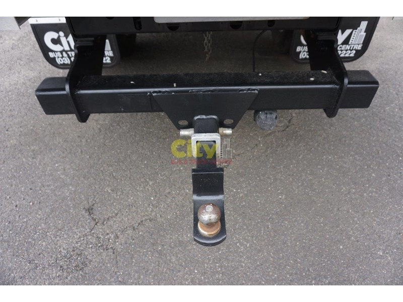 unknown used hayman reese tow bar 490330 004