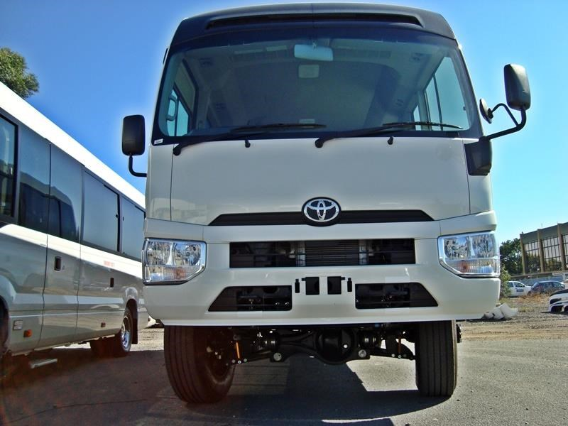 toyota 4x4 conversion of coaster bus 474352 028