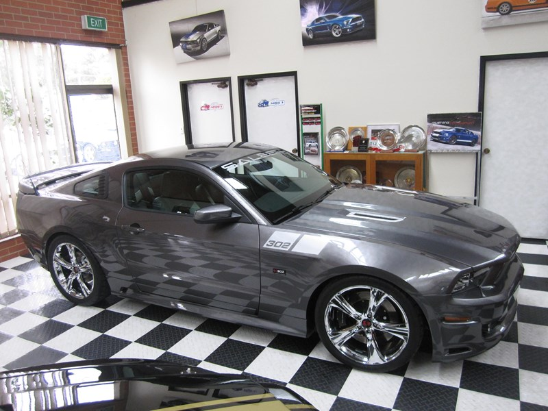 ford mustang 495913 017