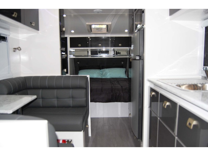 "design rv crx semi offroad 20'6"" 496242 004"