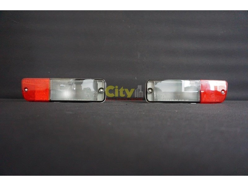 new mitsubishi rosa bus reverse light assy 497994 005