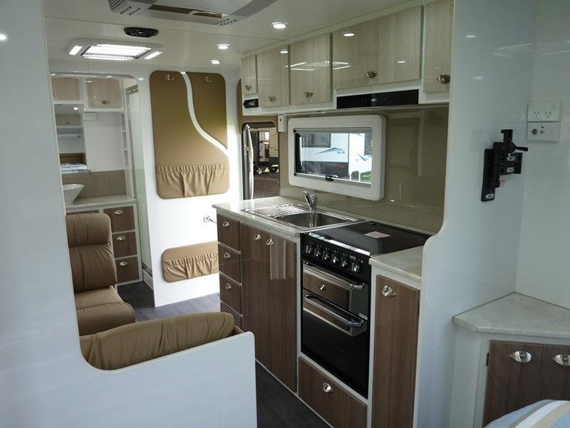 living edge bellagio - ensuite caravan 498010 010