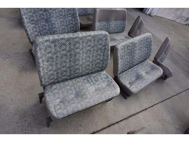 other mitsubishi rosa bus seats - 2nd hand 498317 004