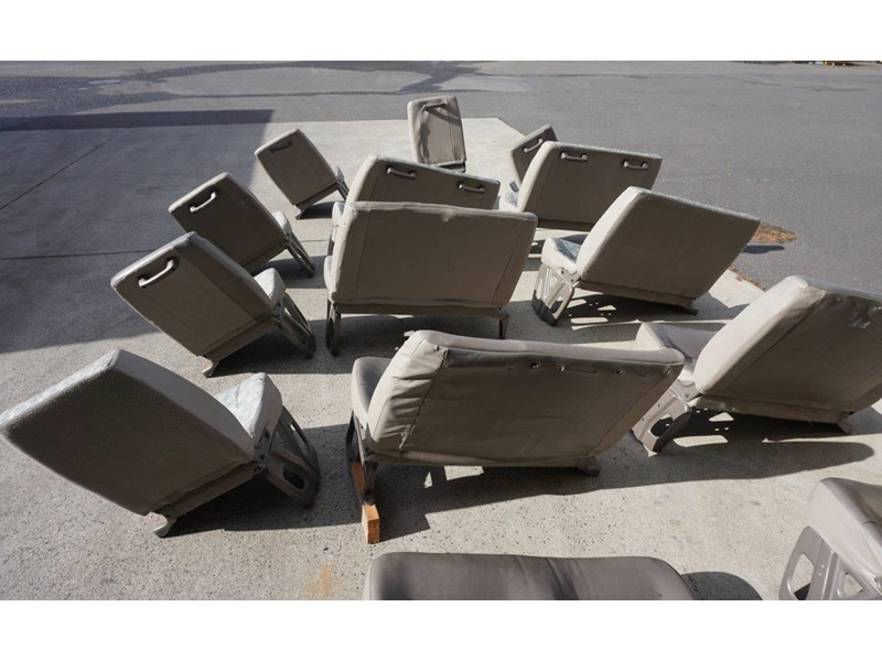 other mitsubishi rosa bus seats - 2nd hand 498317 008
