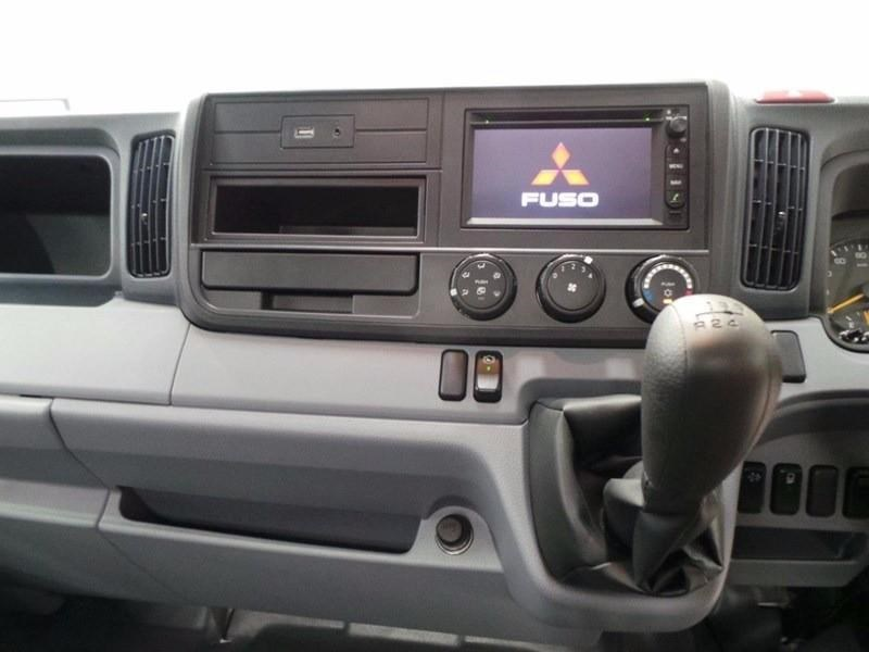 fuso canter 515 wide cab 379607 037
