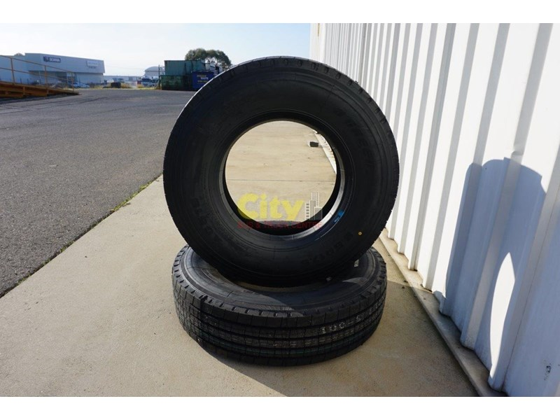 o'green 9.5r17.5 - ag516 trailer tyre 500702 004
