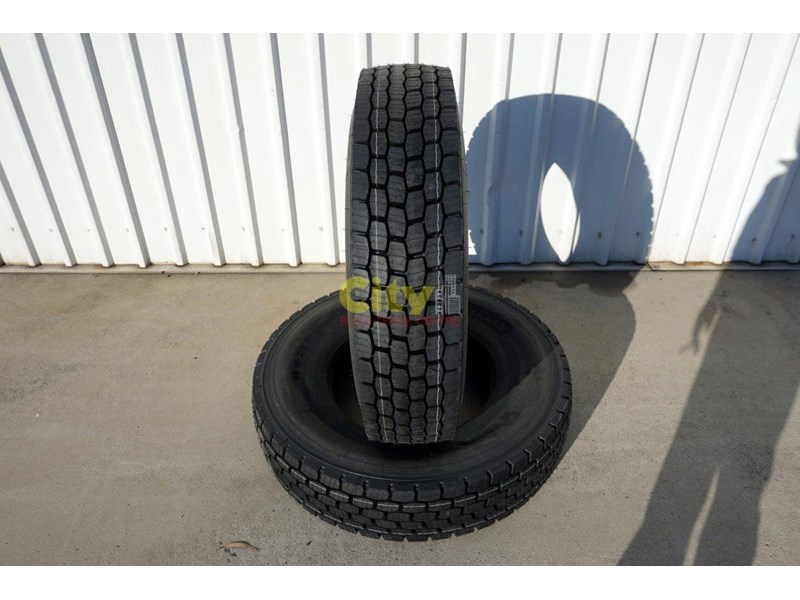 michelin 11r22.5 x multi drive tyre 503745 001