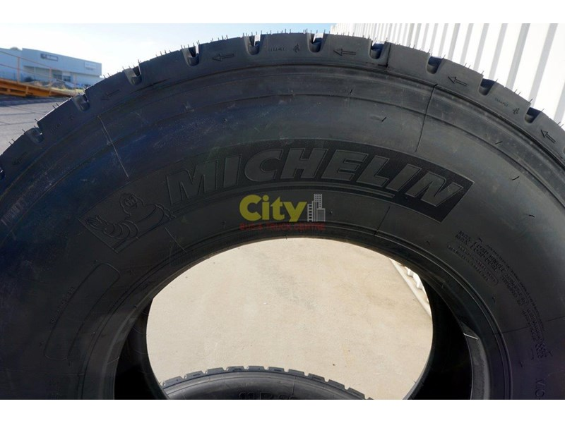 michelin 11r22.5 x multi drive tyre 503745 004
