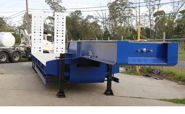 aaa aaa low loader drop deck with ramps 505235 002