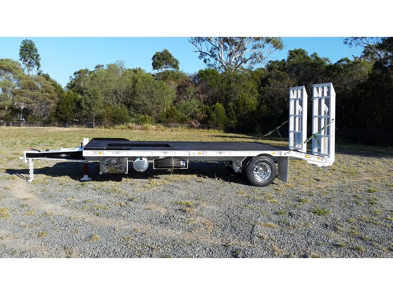 fwr single axle - all hydraulic tag trailer 403038 005